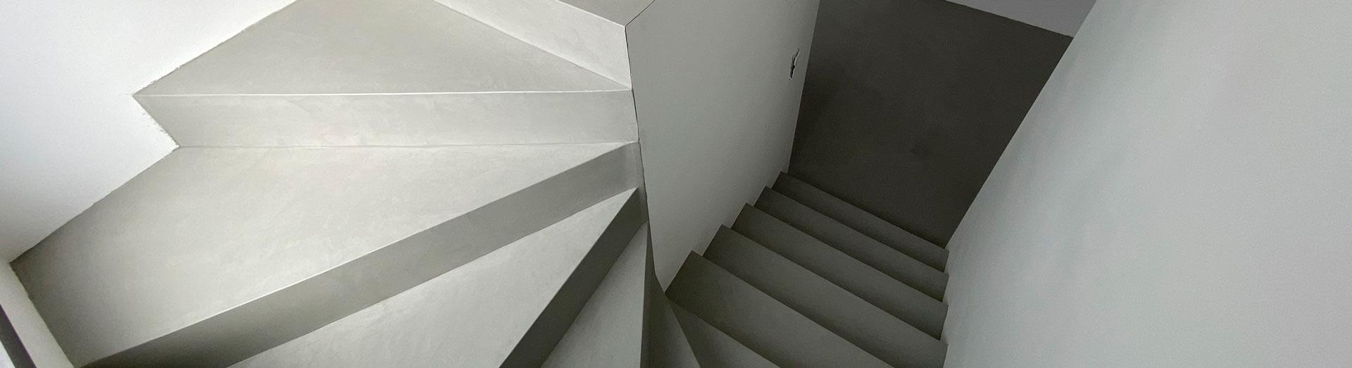Escaliers en béton ciré